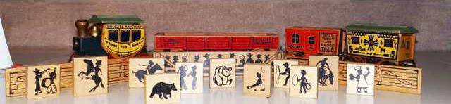 MAIN-wooden-rodeo-train