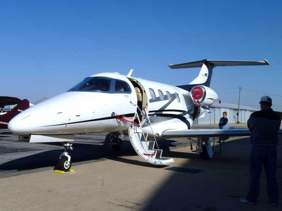 6 Jet Phenom 100