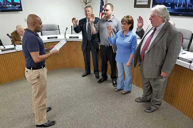 new deh city council swearing in pic web
